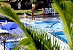 piscina hotel porto conte alghero sardegna 3