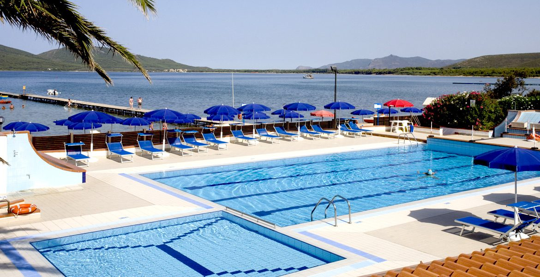 La piscina hotel portoconte alghero sardegna for Piscine porto portugal